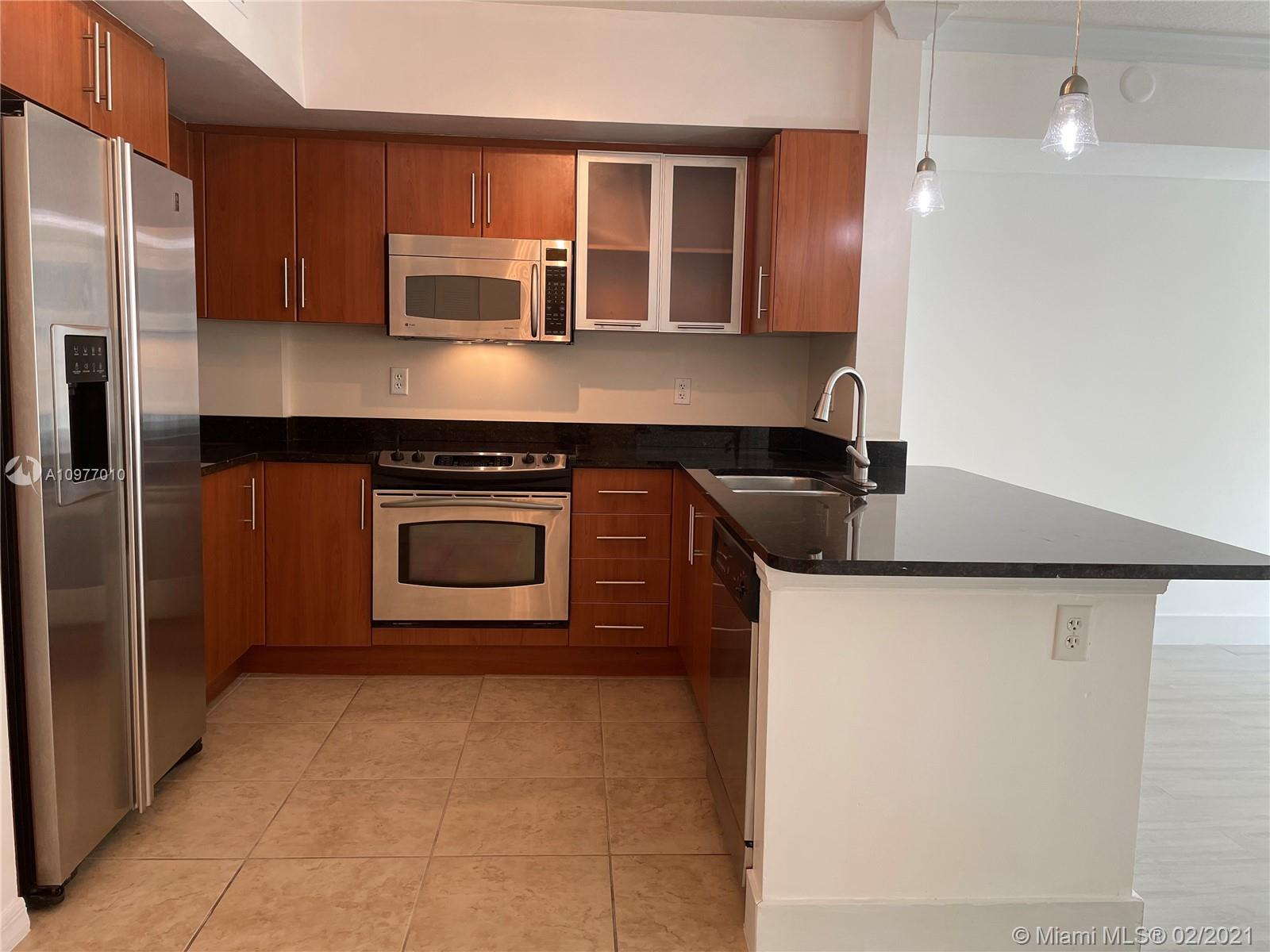 Fantastic Investor Opportunity, tenant in place until February 4th, 2022 for $ 1,600/ month. Beautif