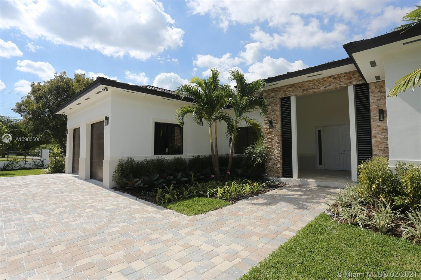This is a DREAM FAMILY HOME, 1 Story, 5 Bedroom, 5 Bath, Open Floor Plan, High-Ceilings, Marble Floo
