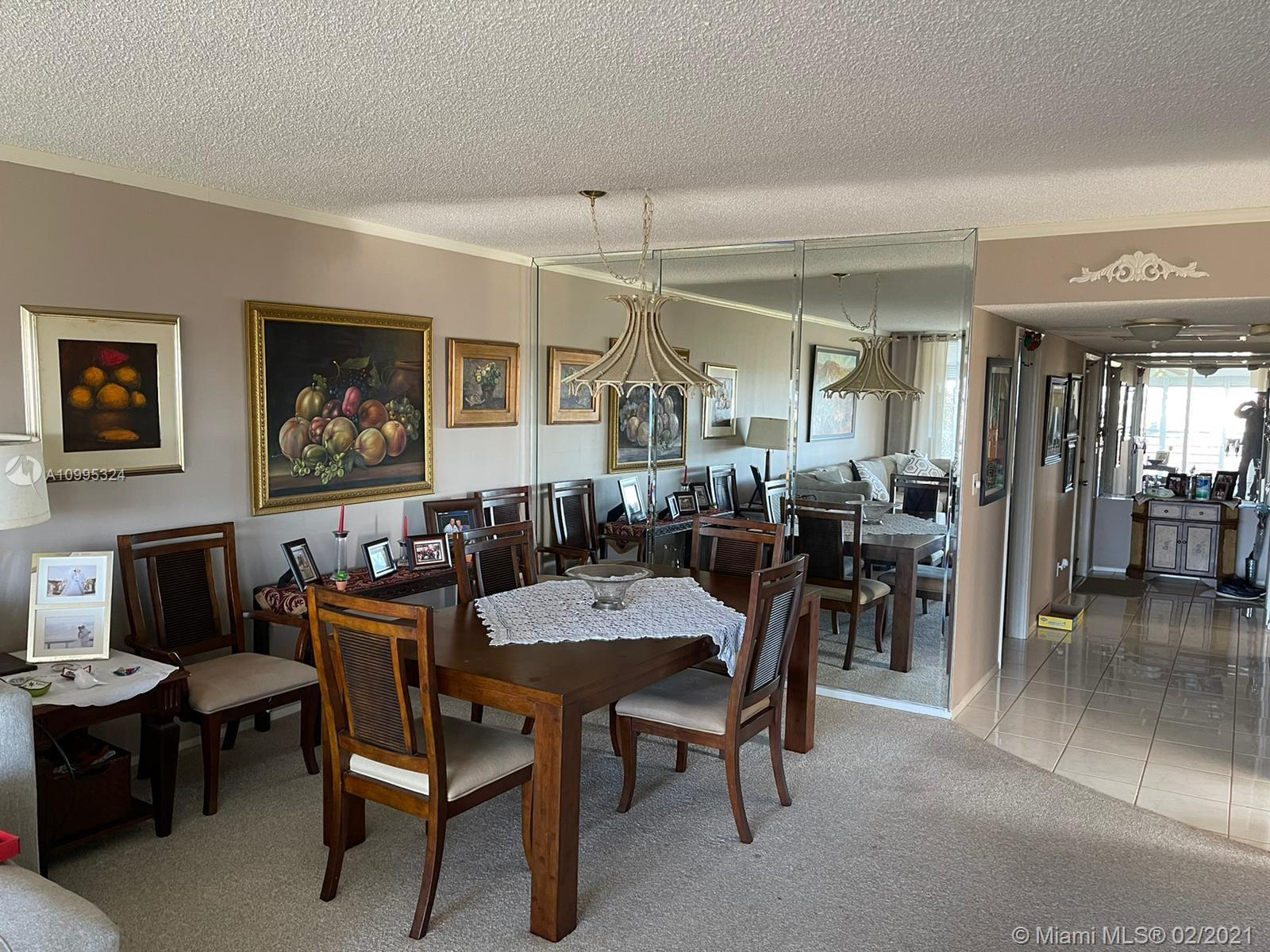 Beautiful opportunity to own this model condo in Oaks Ln, on the ninth floor with a magnificent view