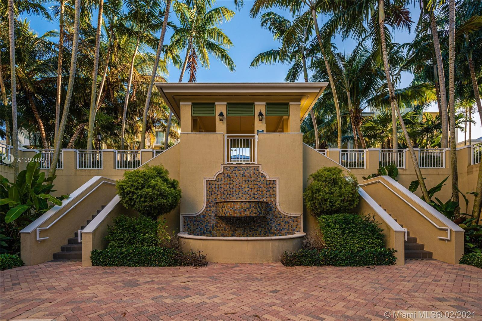 Lovely 2-story corner townhome at The Reserve, a gated community in the Pinecrest Elementary distric