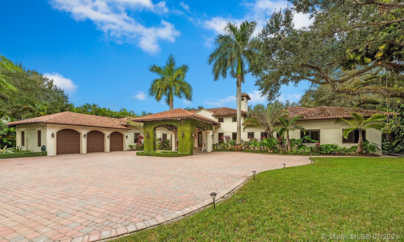 Extraordinary ONE-STORY gem(10,318  sqf of construction)sitting on 48,351 sqf lot were luxury meets