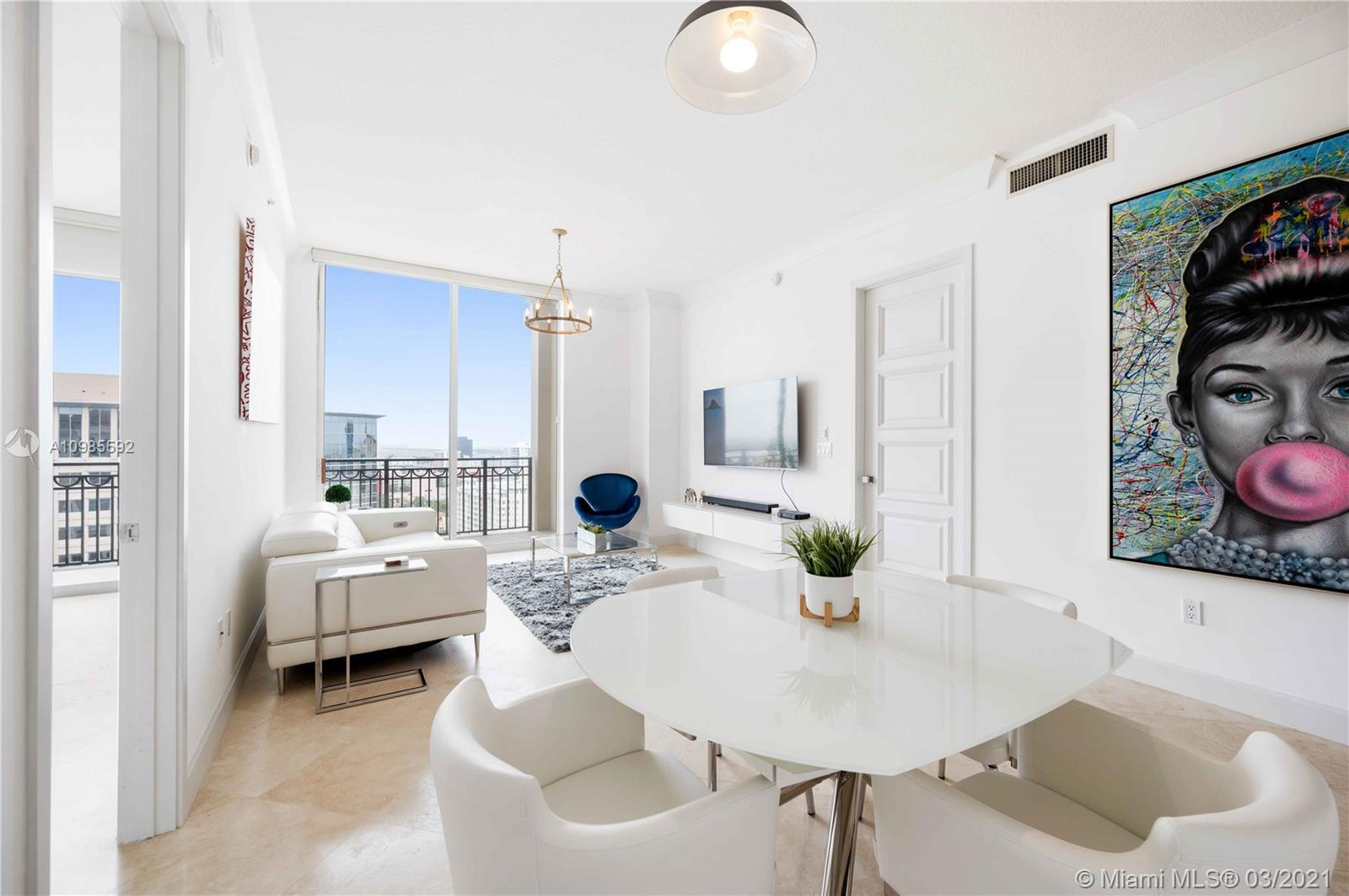 Stunning views of the ocean, intracoastal and a gorgeous city skyline from this Upper Penthouse Nort