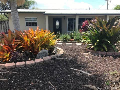 Nicest house in Cresthaven!!!Fully renovated and remodeled with high end finishes. Hurricane impact