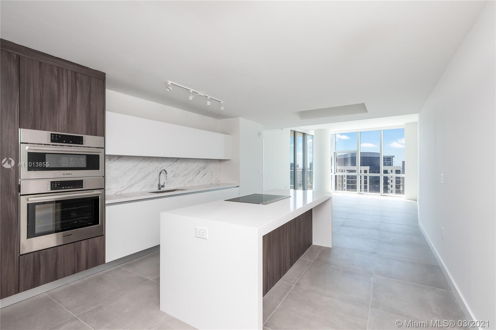 Stunning 3 Bedroom plus Den / 4 baths with Panoramic city and bay views, Italian cabinetry, Bosch an