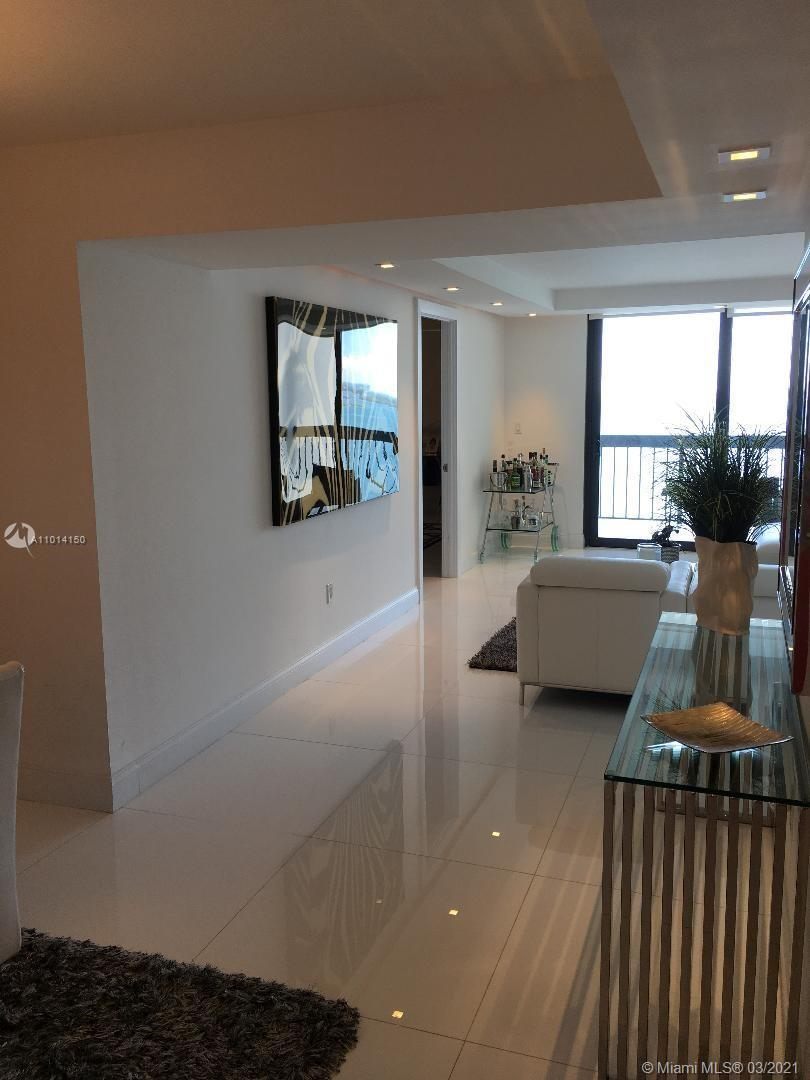 COMPLETELY RENOVATED UNIT, WITH A MAGNIFICENT NORTHEAST BAY VIEW FROM THE 26TH FLOOR.