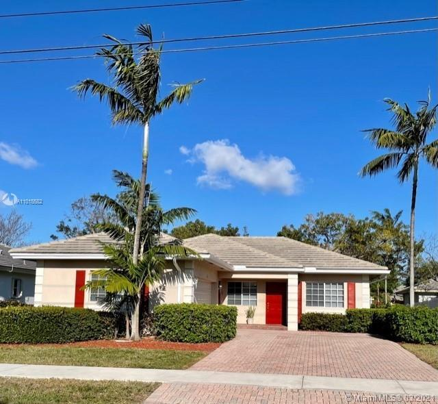 This gorgeous home is perfect for all families. Two car garage, full size washer and dryer. Great ba