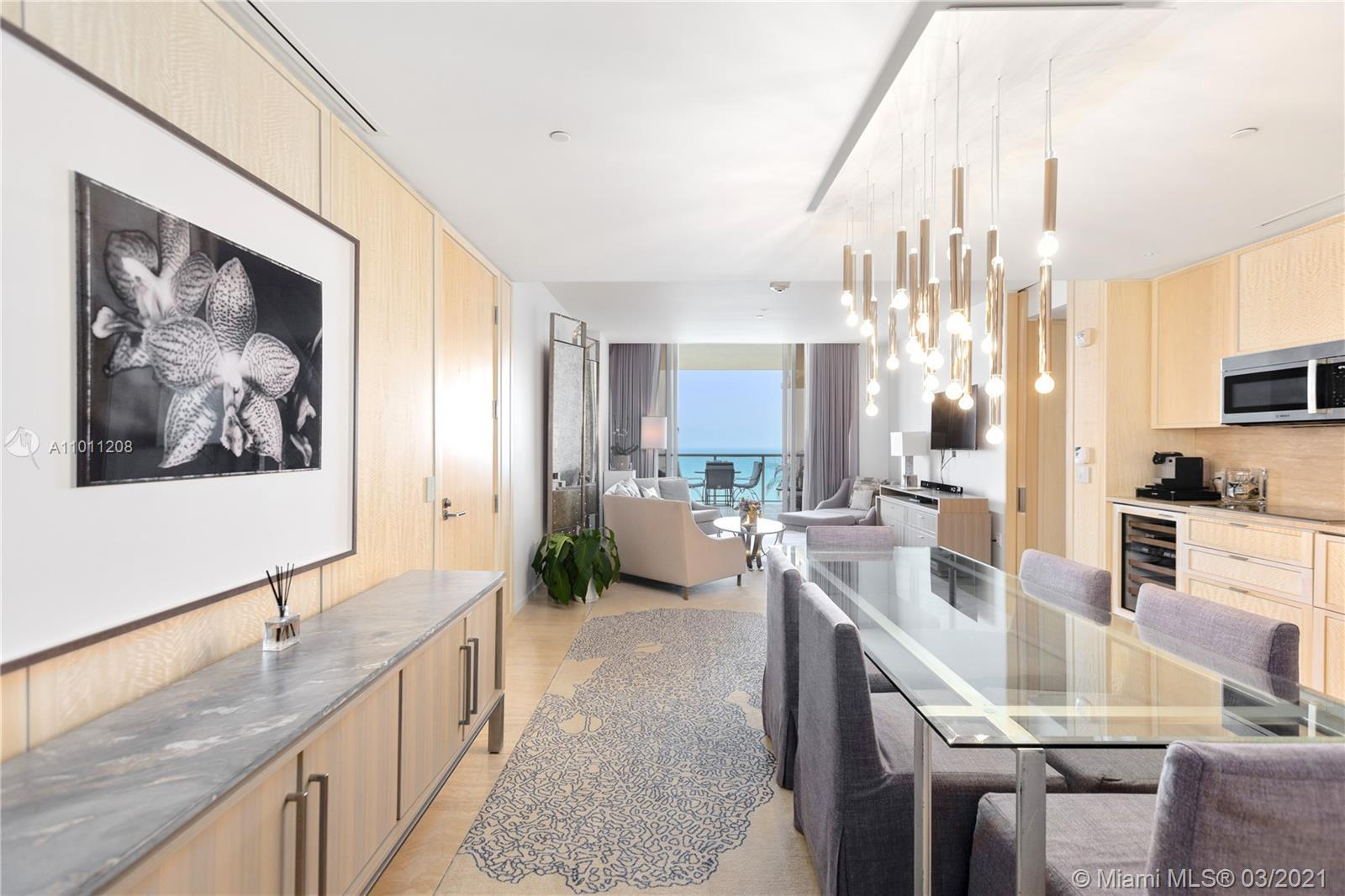 """This is a unique 2103 sqft """"Royal Suite"""" 2beds/3baths in the most exclusive 5 stars Hotel """" The St R"""