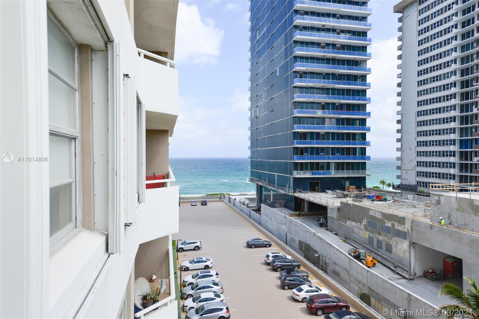 Modern remodeled  gorgeous 1 Bedroom 1 and a half bathrooms with awesome ocean front views.  Must se