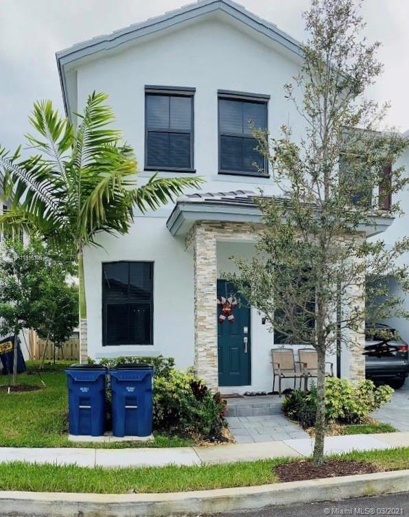 New townhome community in Fort Lauderdale's Edgewood neighborhood. Ideally located just east of I-95