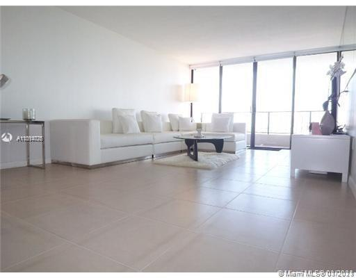 Beautiful & Spacious 1 bedroom 1 1/2  bathroom condo. Fully furnished. Expansive Bay Views, oversize