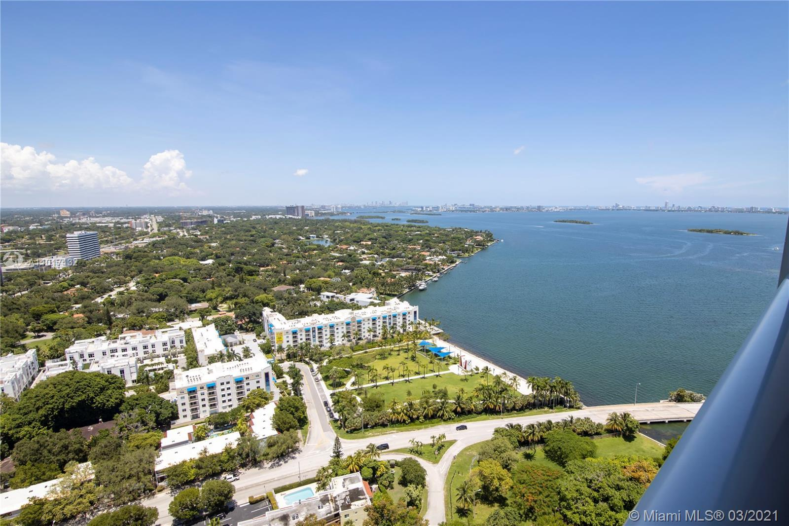 Spectacular condo the best location in Midtown! Water view 360 view!
