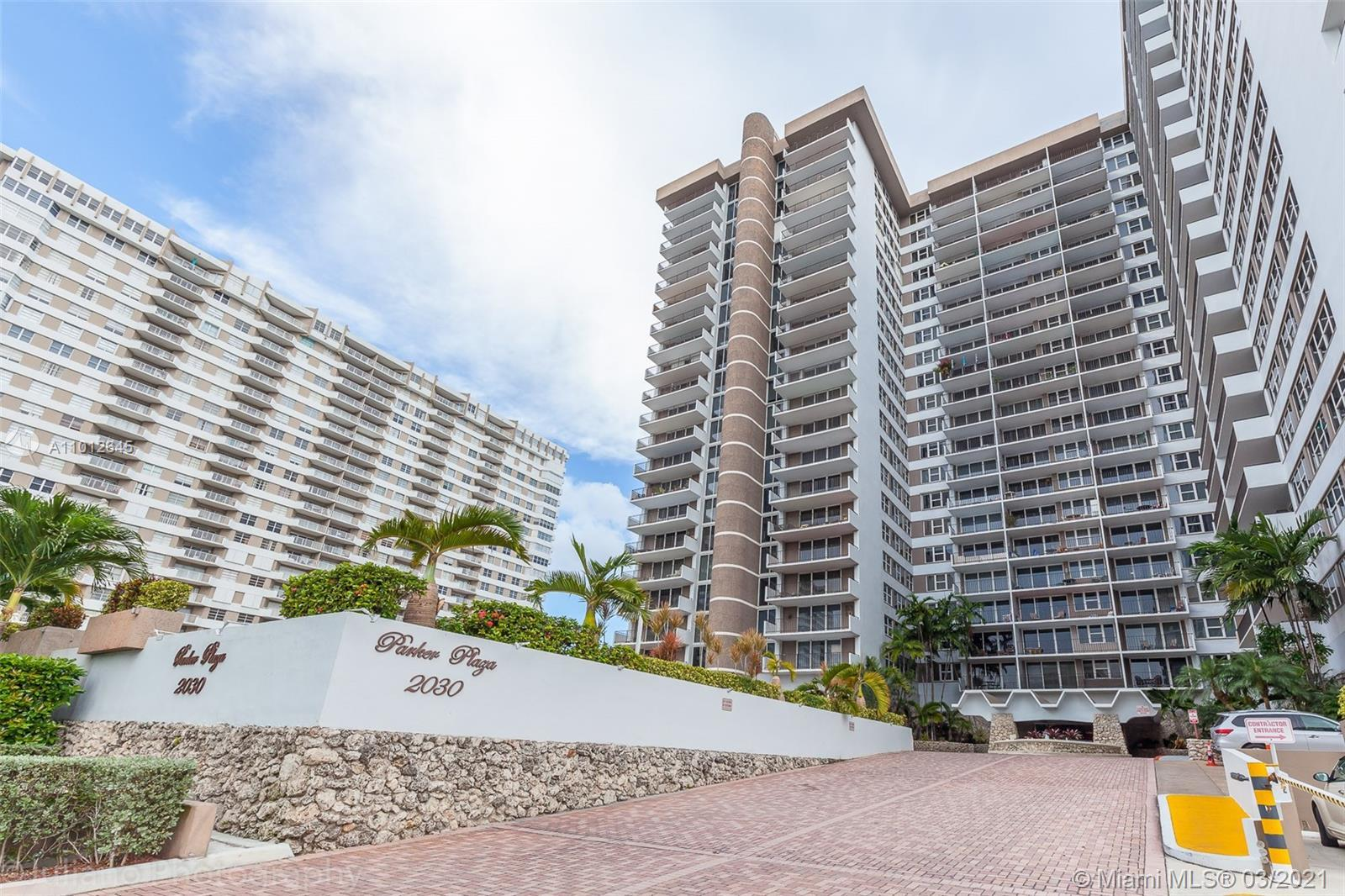 FANTASTIC OPPORTUNITY TO OWN THIS SPACIOUS CONDO ON THE BEACH. INTRACOASTAL AND NW HORIZON VIEWS FRO