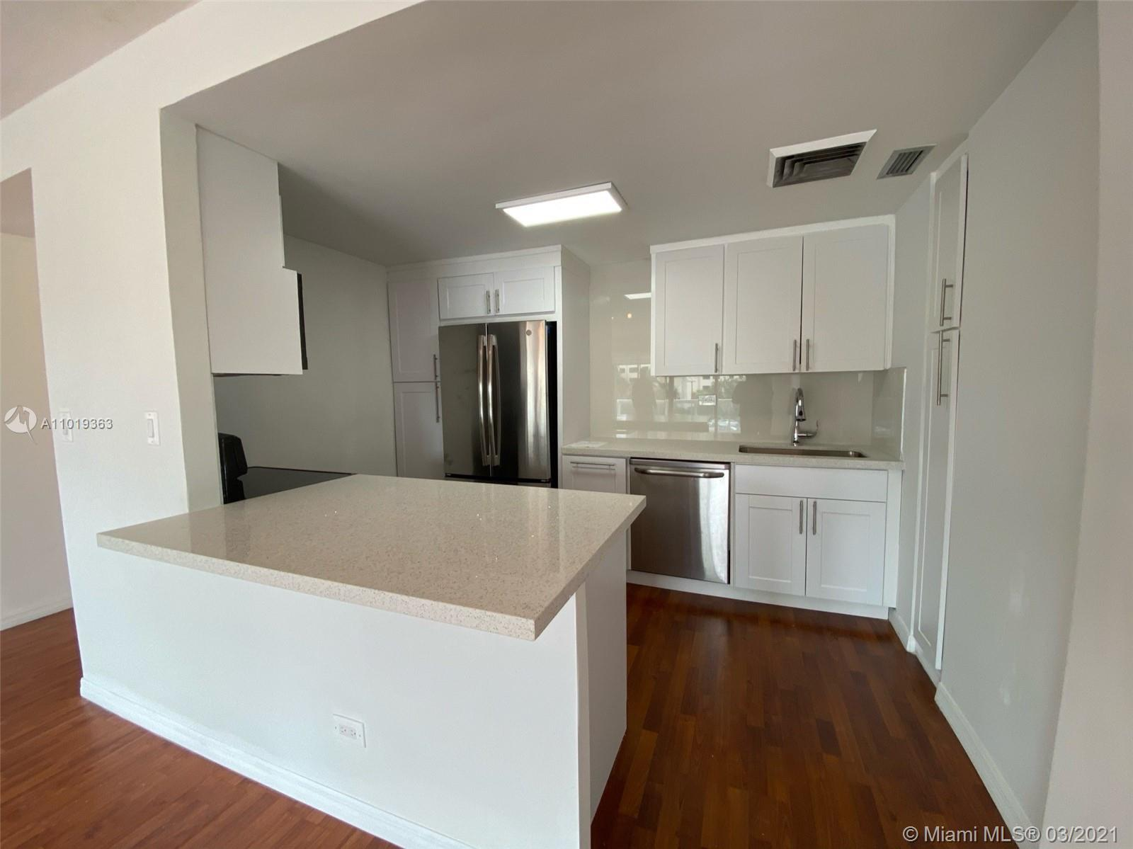 Spacious and bright 1BR/1BA. Open floorplan, kitchen with new granite countertops, new cabinets and