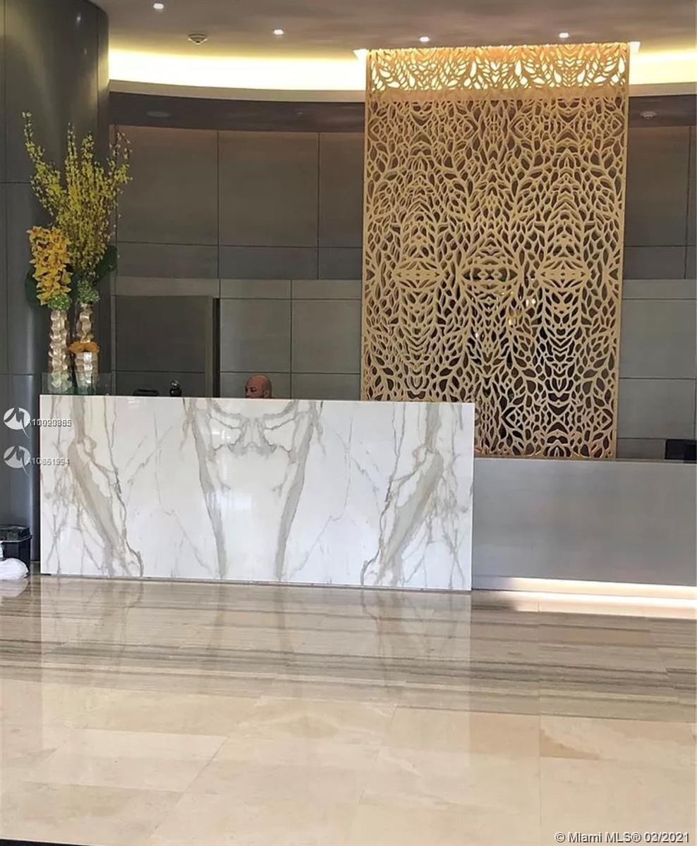 Spectacular OCEANFRONT 2/2 located in one of Bal Harbour's most exclusive building. The Harbour Hous