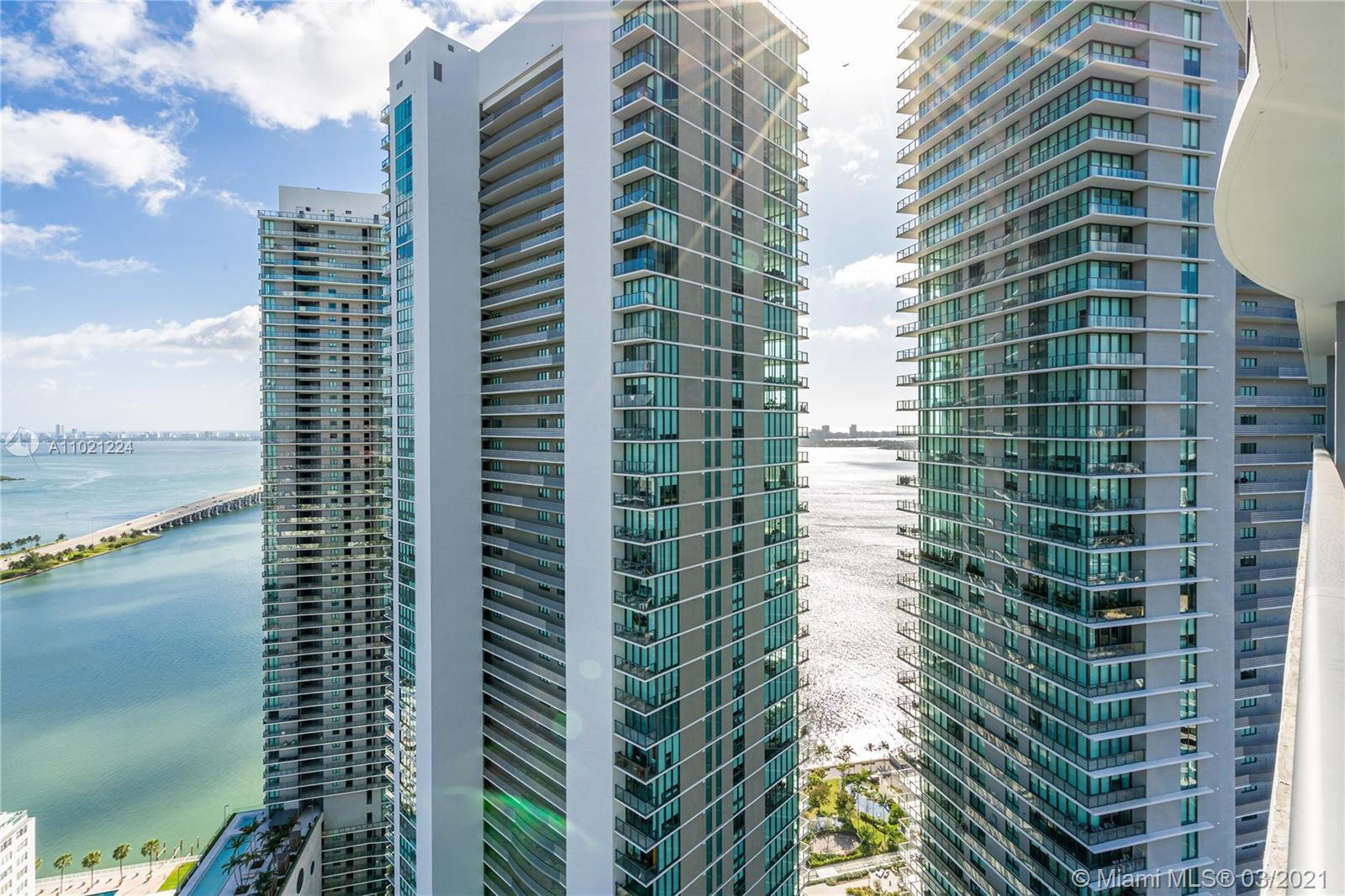 WELCOME TO PARAISO BAYVIEWS - A STUNNING BRAND NEW BUILDING LOCATED IN THE HEART OF MIAMI. THIS WOND