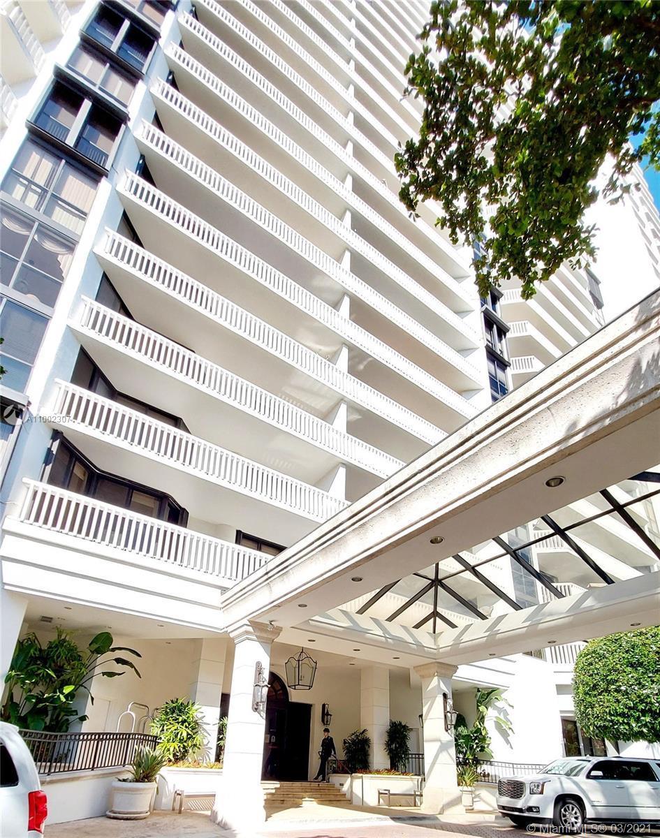Elegant 2/2 spacious apartment in Prestigious Williams Island. The Florida Riviera, nestled on 84 ac