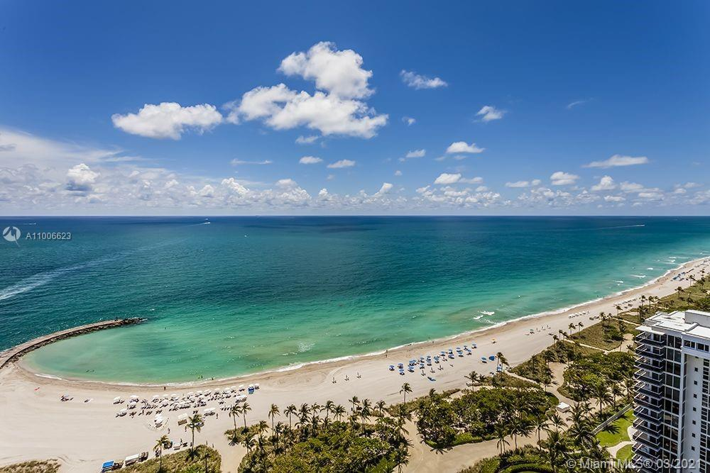 Ritz Calton One Bal Harbour is the definition of elegance while pampering you with it's unrivalled w