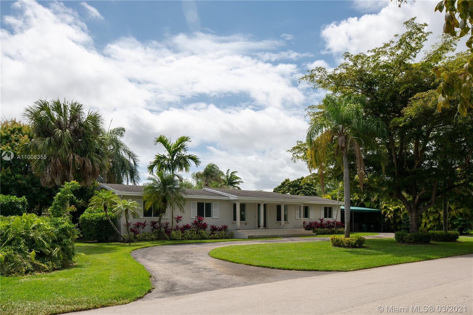 Don't look any further, you have found your new HOME!!   This beautiful home has  over 2800 sf of l