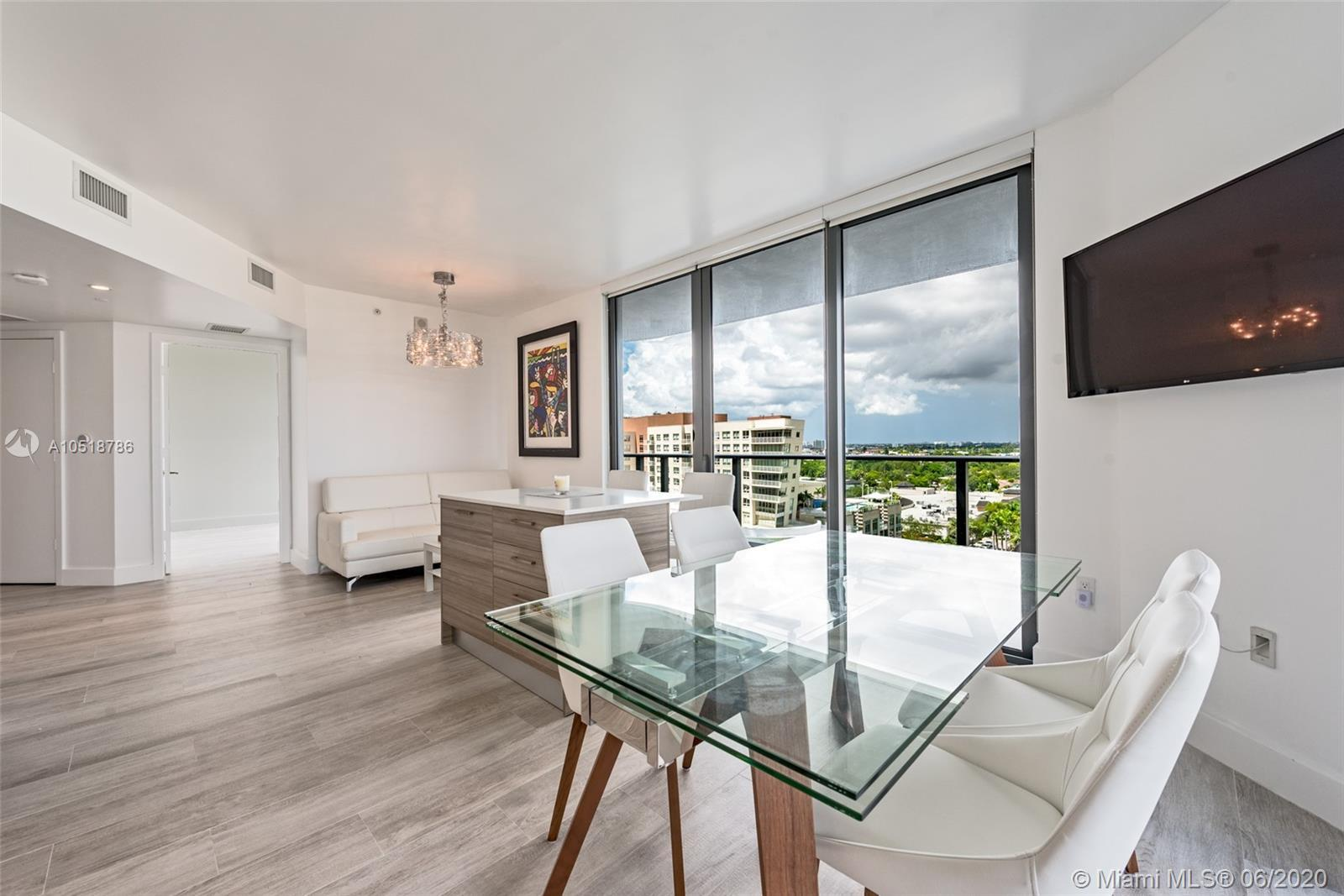 This chic new urban living residence features beautiful sunset and skyline views. NEST thermostat, R