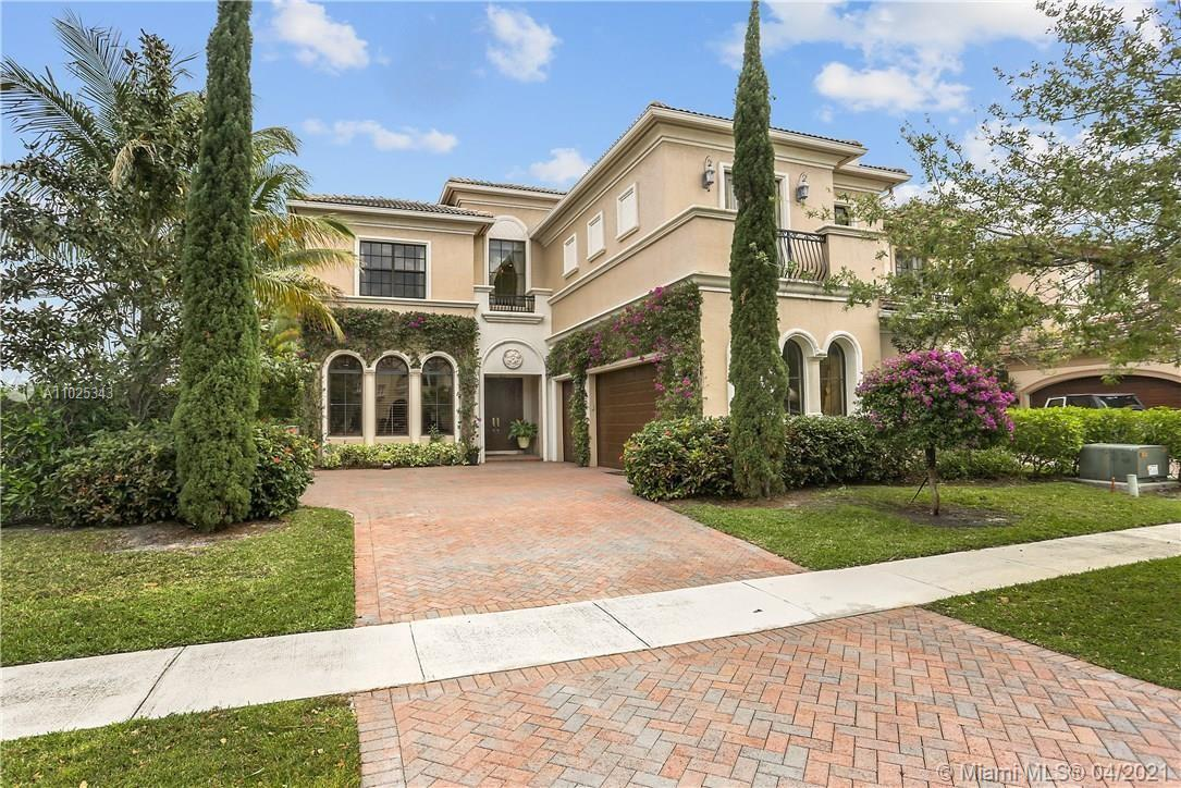 Elegant and spacious two story home in the premier community of The Oaks. Once you enter you will fi