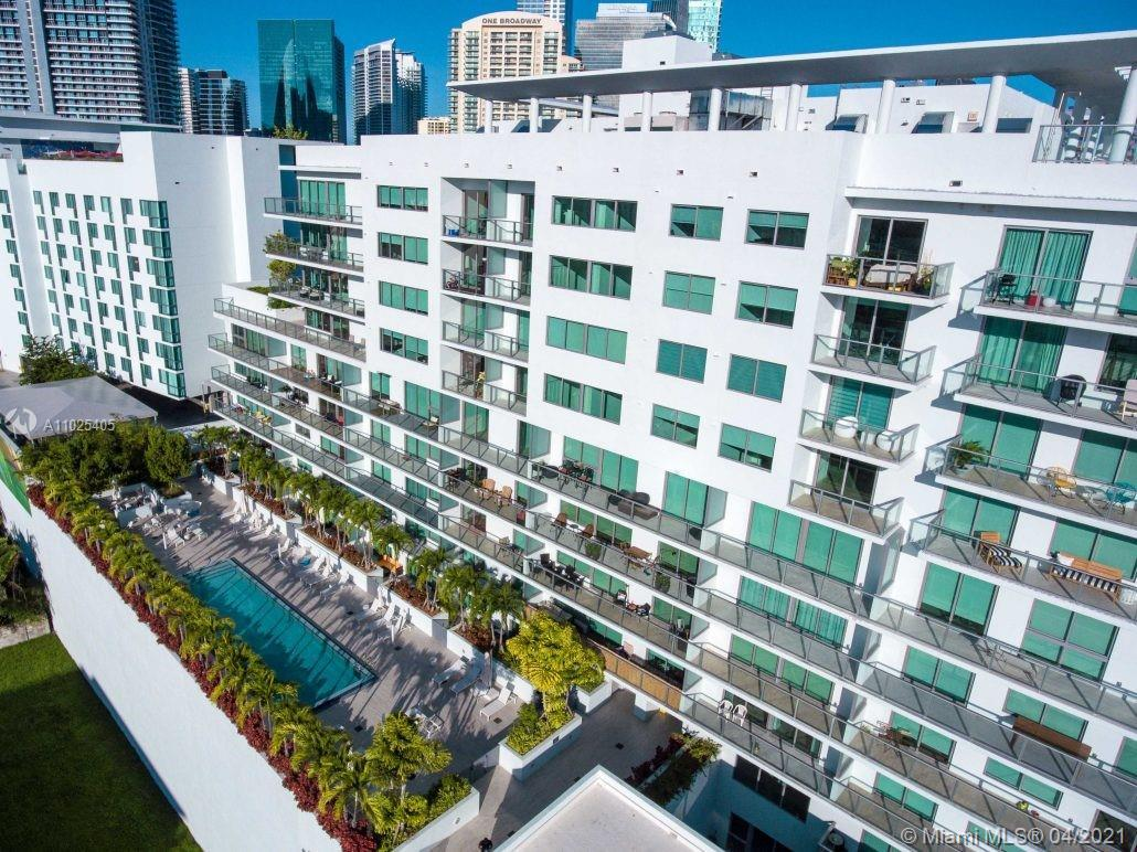 UNIT OCCUPIED UNTIL JULY 14 . Amazing  2/2  PLUS DEN at Le Parc at Brickell . Residences features St