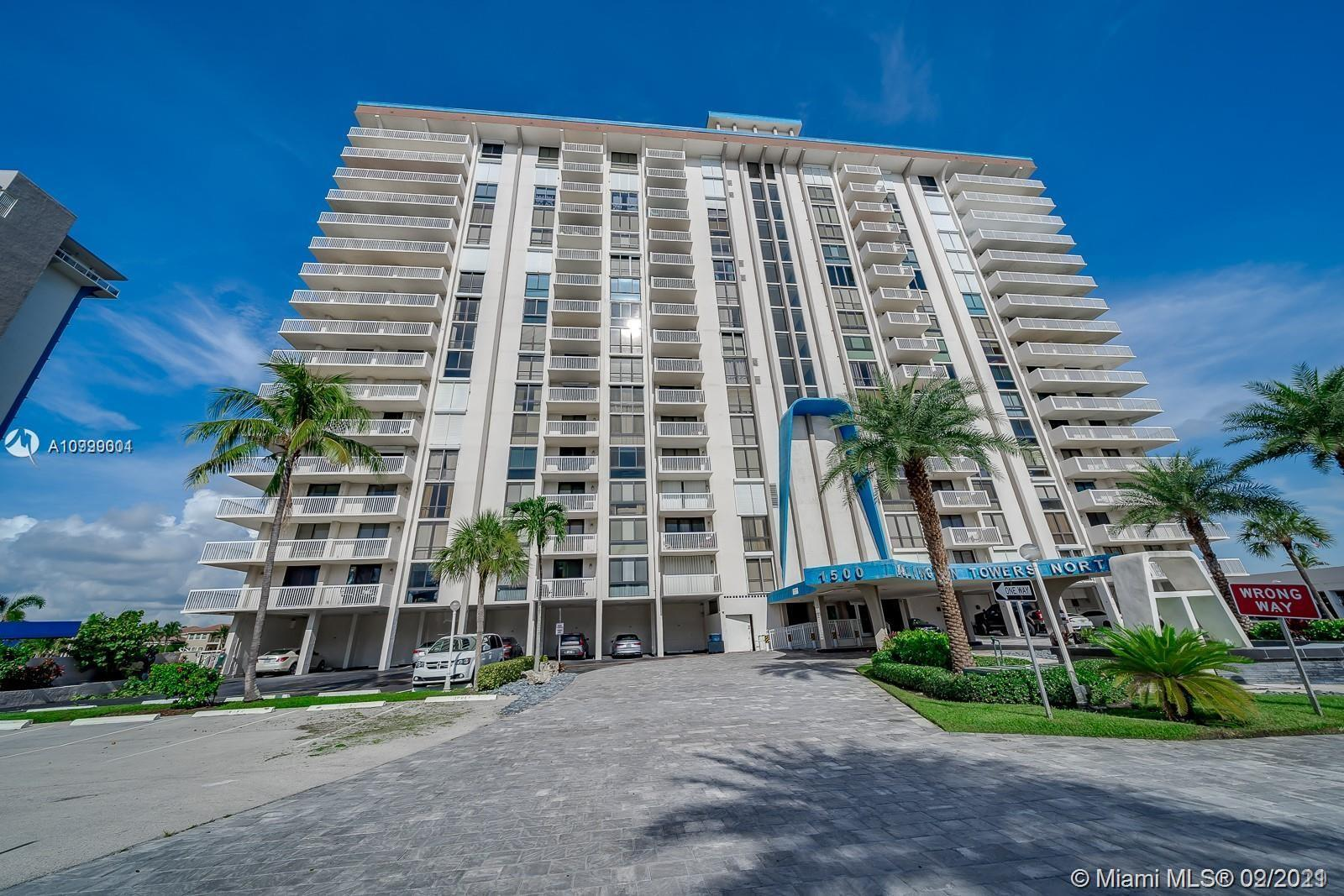 Come live the dream in this water front Intracoastal corner condo  with wrap around balcony ocean vi