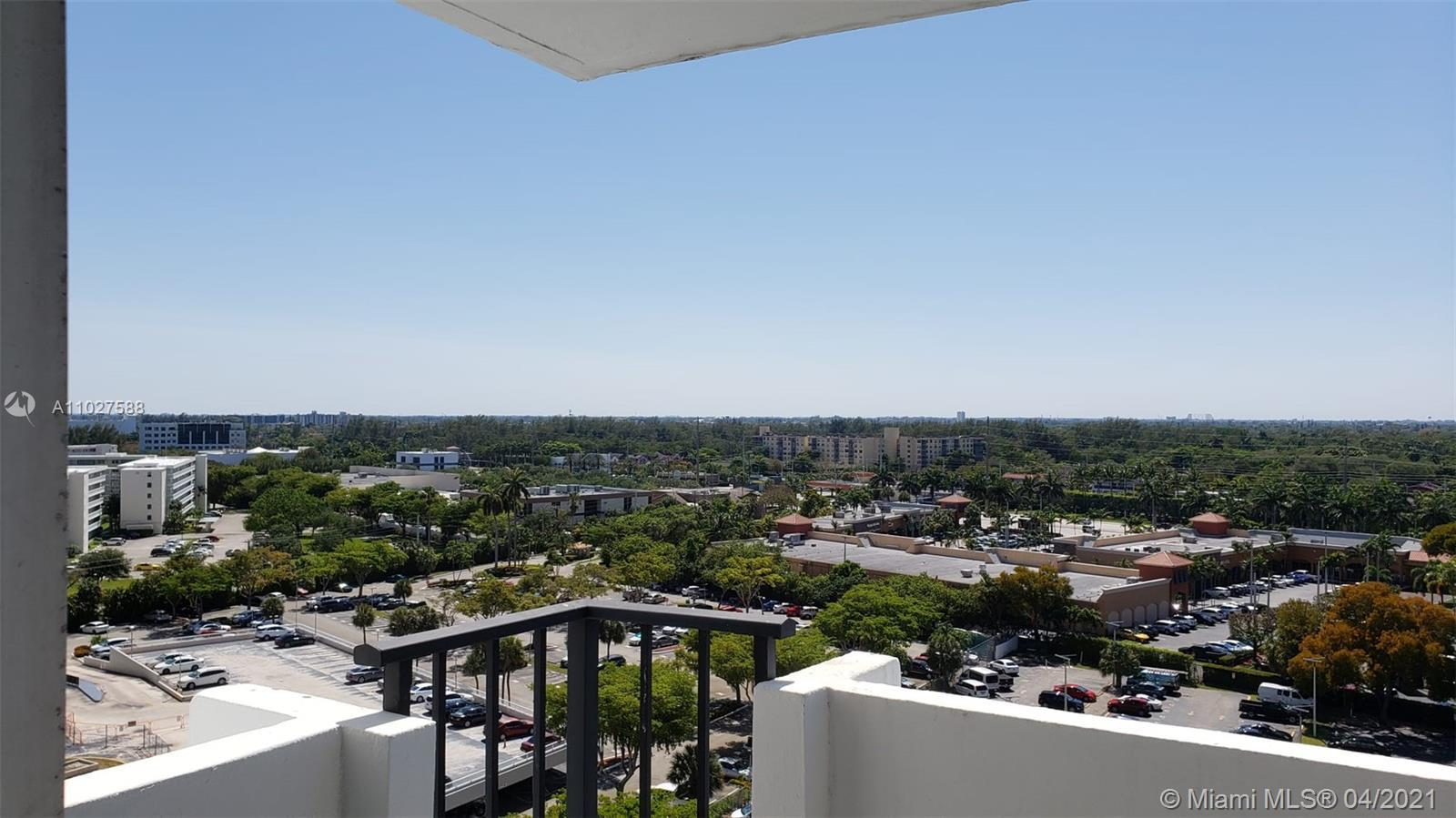 Beautiful apartment in Aventura. Everything on the apartment is brand new so you will be the first t