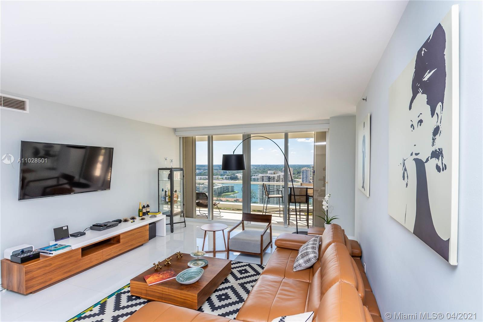 Gorgeous views from this sunny, completely upgraded condo with designer finishes. New kitchen, baths