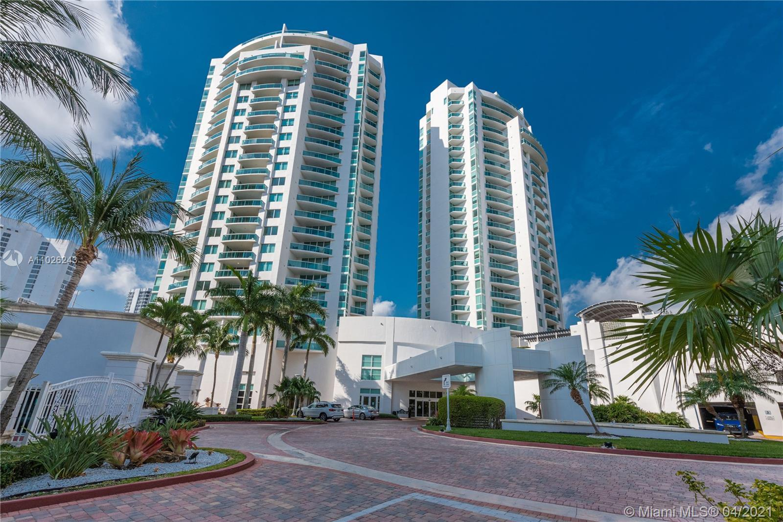 Beautiful Luxury Brand NEW condo, Private Elevator into each apartment. Amazing Ocean View