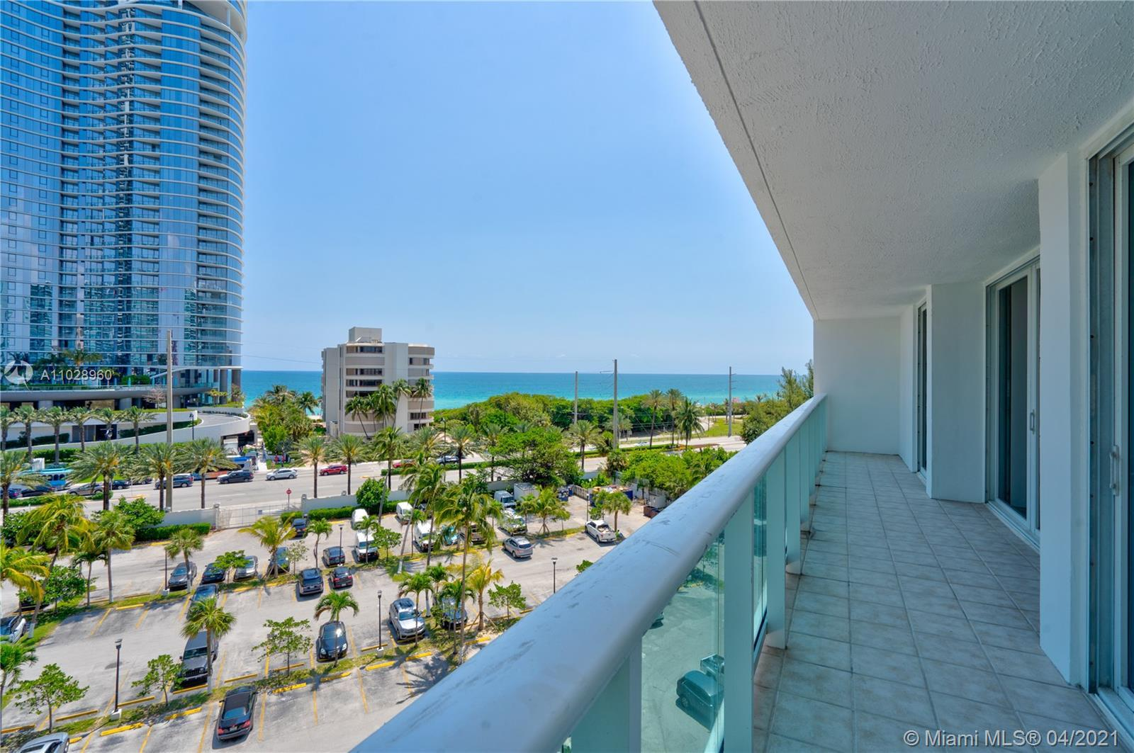 Amazing view from oversize balcony, split floor plan for privacy, spacious 2 bedroom 2 bathrooms, ac
