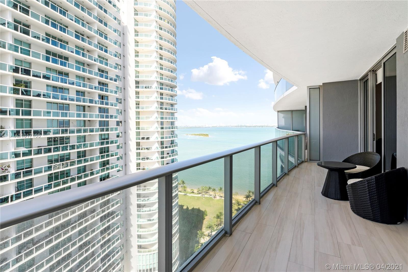 Luxurious Brand New Condo with Spacious 1 BEDROOM + 1 DEN / 2 FULL BATH and a large balcony overlook