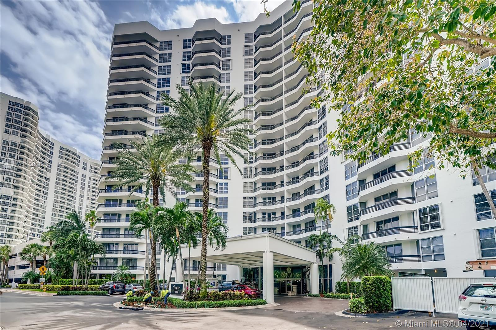 Enjoy the most breathtaking panoramic Intracoastal and ocean views from this very spacious 1BR/1.5BA
