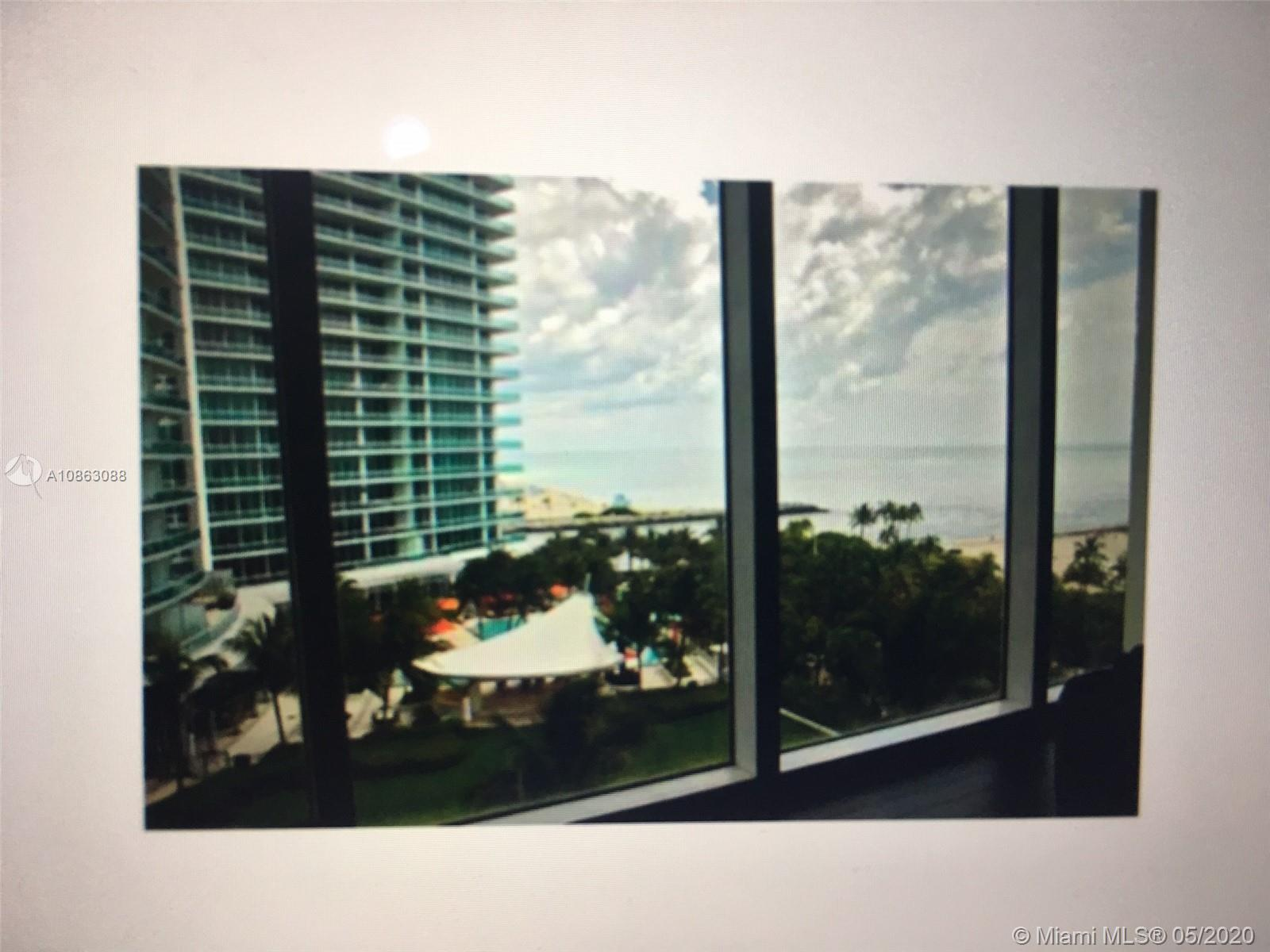 LOCATION! LOCATION! STUNNING OCEAN VIEWS FROM THIS BEAUTIFUL AND SPACIOUS ONE BED IN PRESTIGIOUS HAR