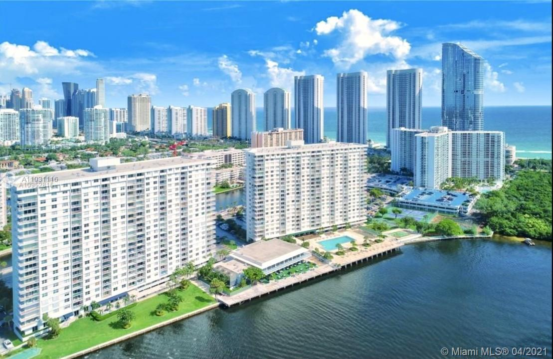 Breathtaking intercostal views all the way to the Miami Skyline. This superb private gated community