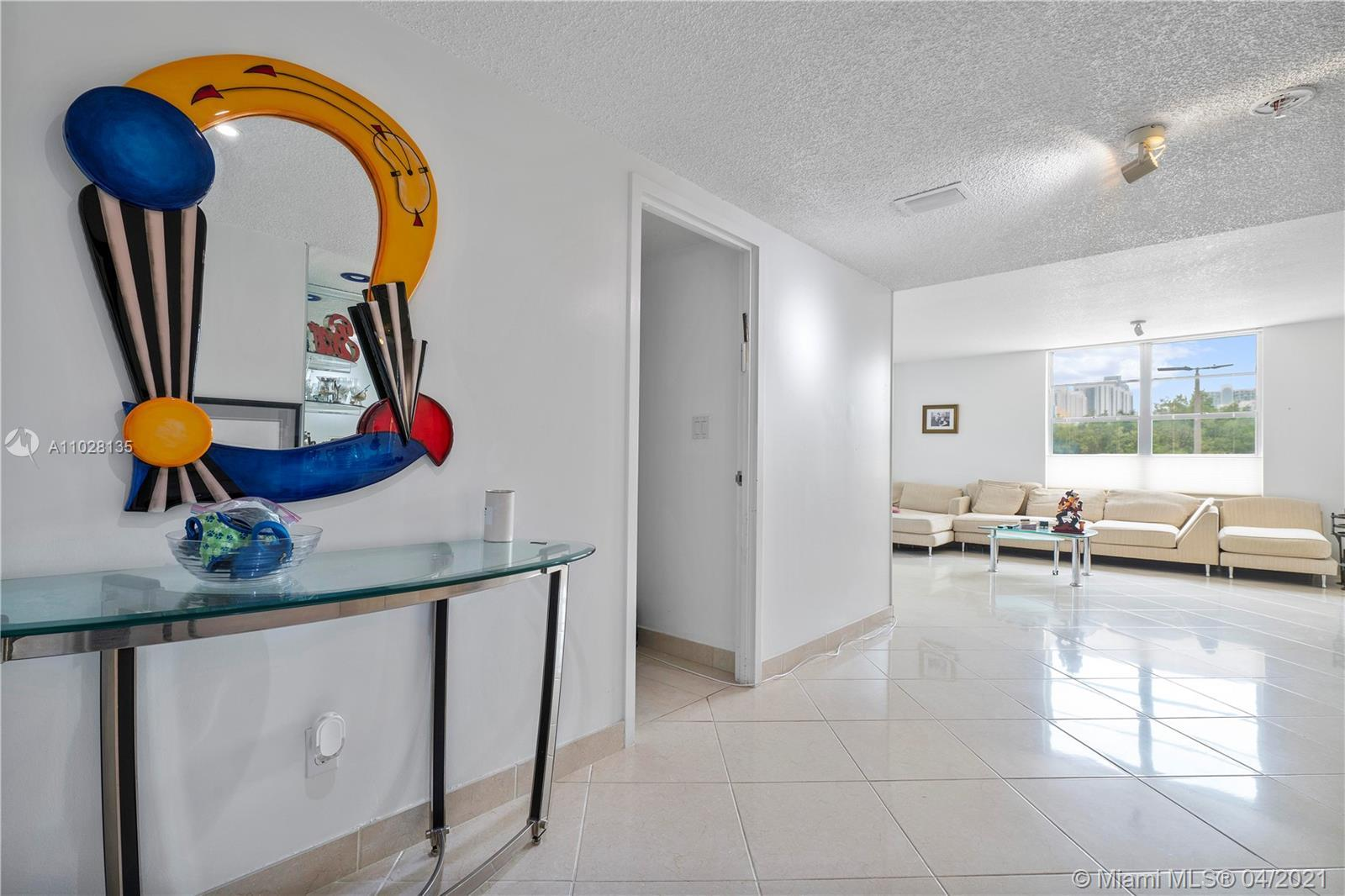 LARGEST 3/3 LOCATED IN THE DESIRED WINSTON TOWERS IN THE HEART OF SUNNY ISLES BEACH. 2,400 SQ FT OF
