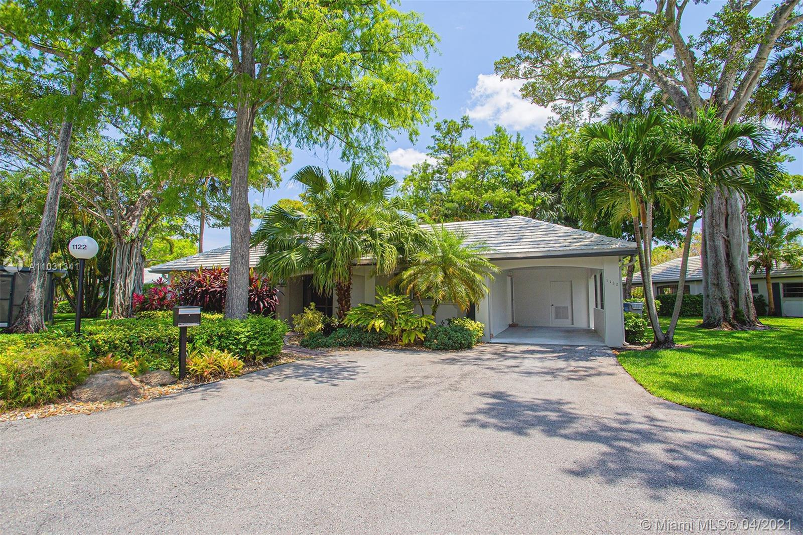 Beautiful and spacious 1 story home in the desirable Palm-Aire Community in Pompano Beach! This meti