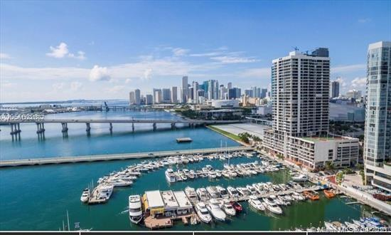 Sought after Venetia condo in a spectacular up and coming area close to many local amenities. With t
