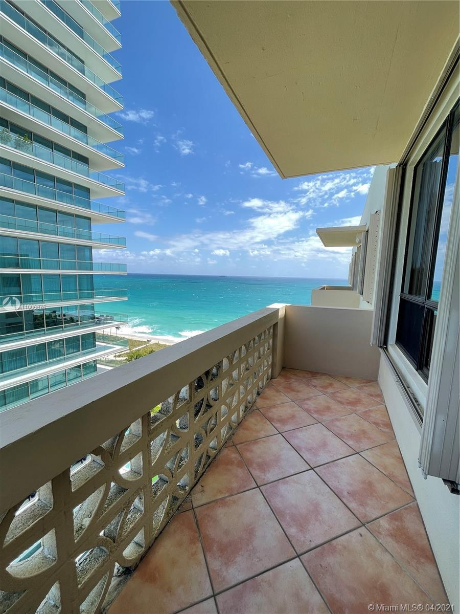 Penthouse One bedroom facing NE. Enjoy Beautiful Ocean and Bay Views. The Plaza is located on the O