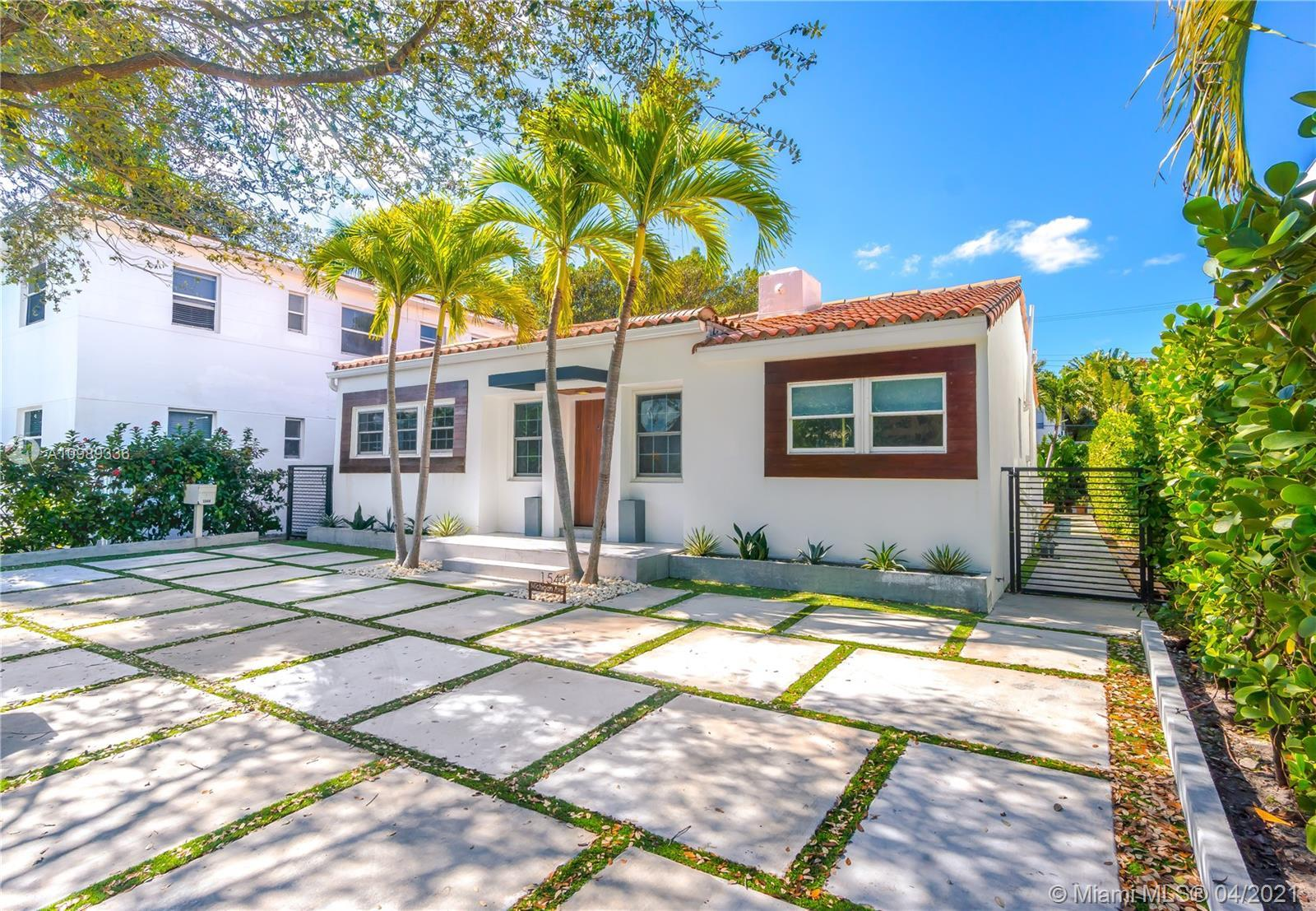 Miami Beach, a step away from Lincoln Road, a few blocks from the beach. Remodeled with a contempora