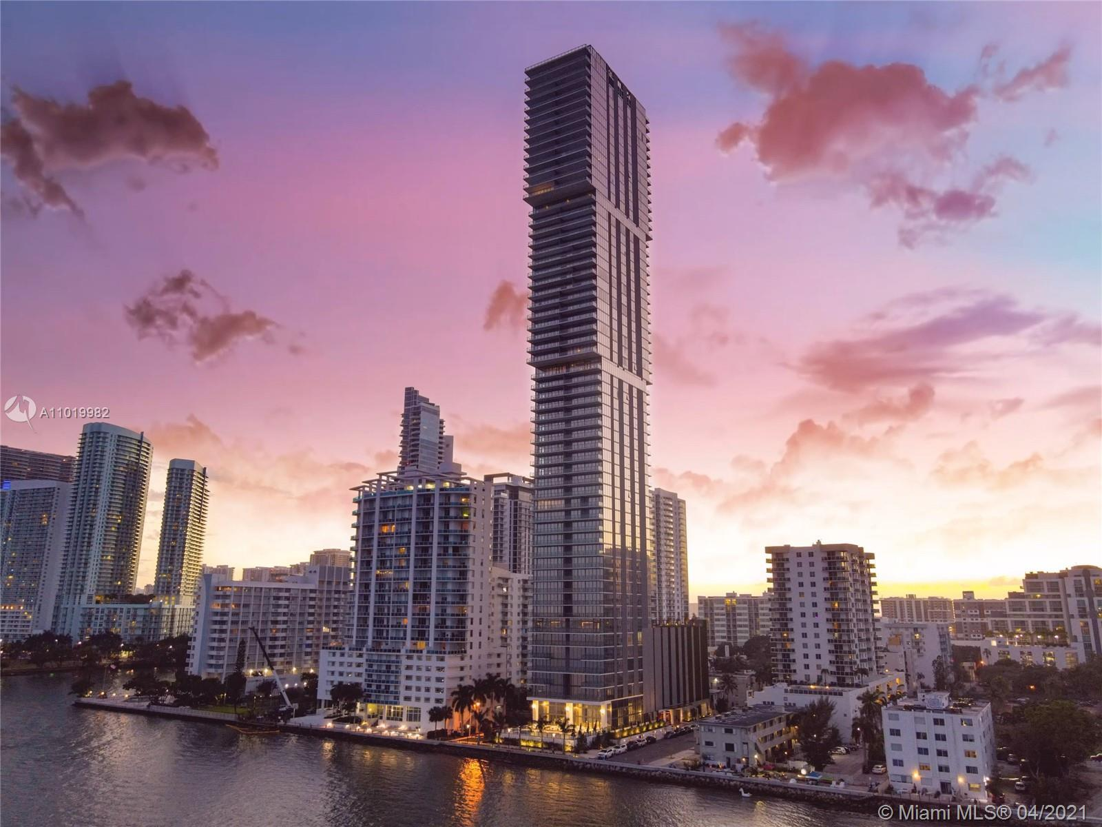 Stunning 3B, 3.5b units at Elysee, the first luxury boutique building in Edgewater. Oversized living