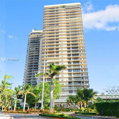Amazing Opportunity in Turnberry Isle South building. Bright two bedroom and 2 bath. Great view from