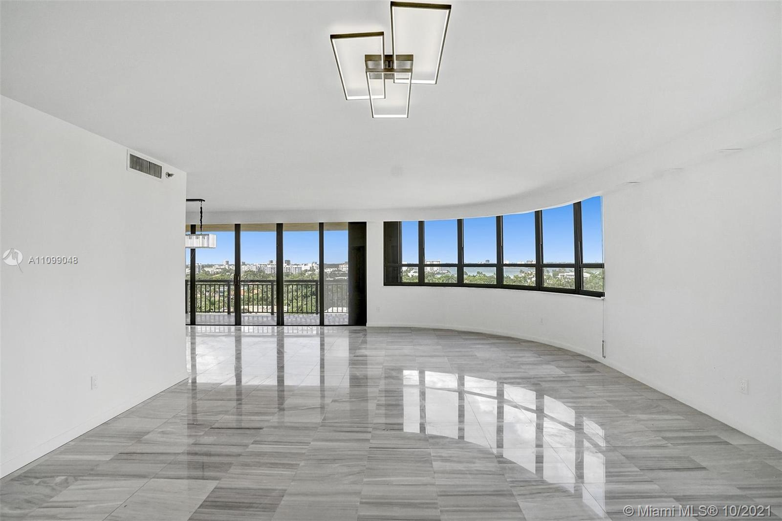 Stunning skyline views will greet you as you walk into this beautiful condo. Buffed and painted unit