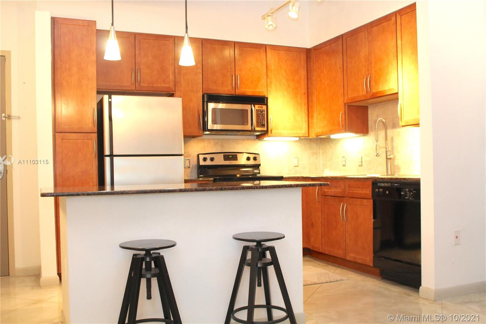 Beautiful 1 Bed/1 Bath loft-style condo at Cite on the Bay. This modern  condo has a private balcony