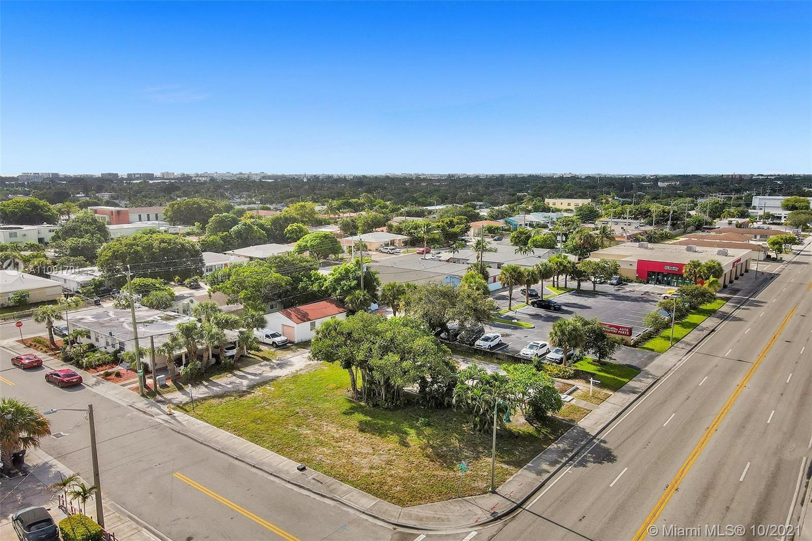 PRIME MIXED USE ZONING CORNER LOT ON N. DIXIE AND 15TH AVE. LOTS OF VISIBILITY. EASY ACCESS TO 95, B
