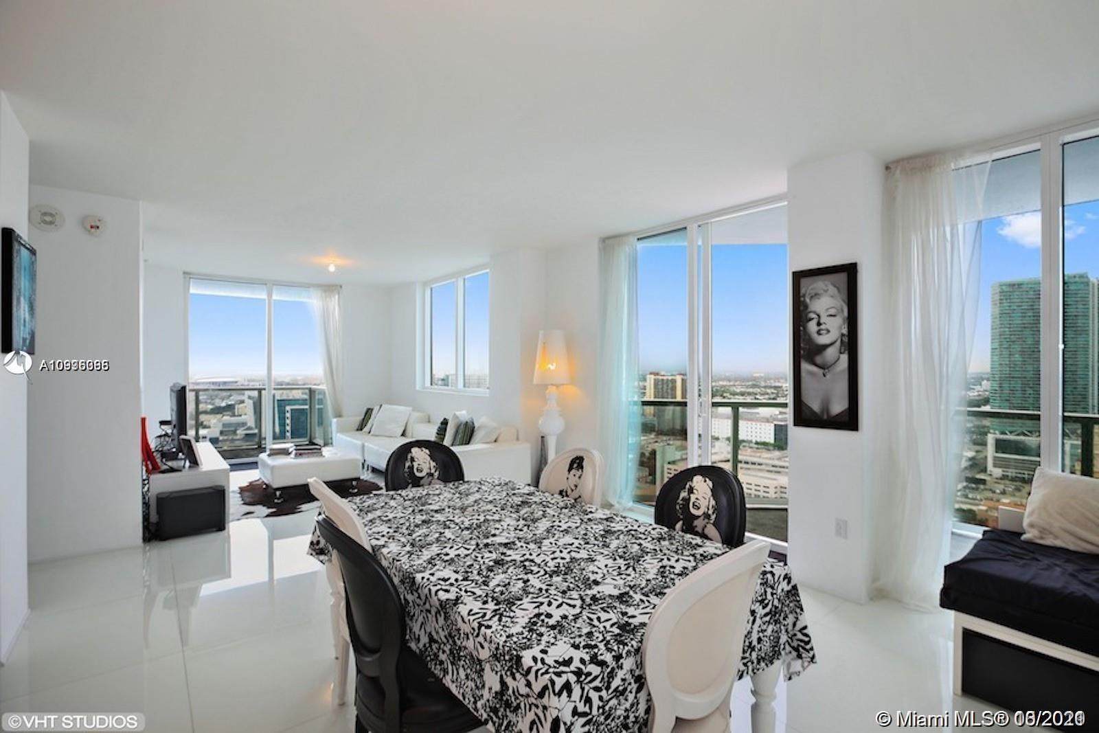 Beautiful Corner 1,203sqft. 2 Bedroom 2 Bath at Vizcayne South Tower. Expansive city and bay view fr