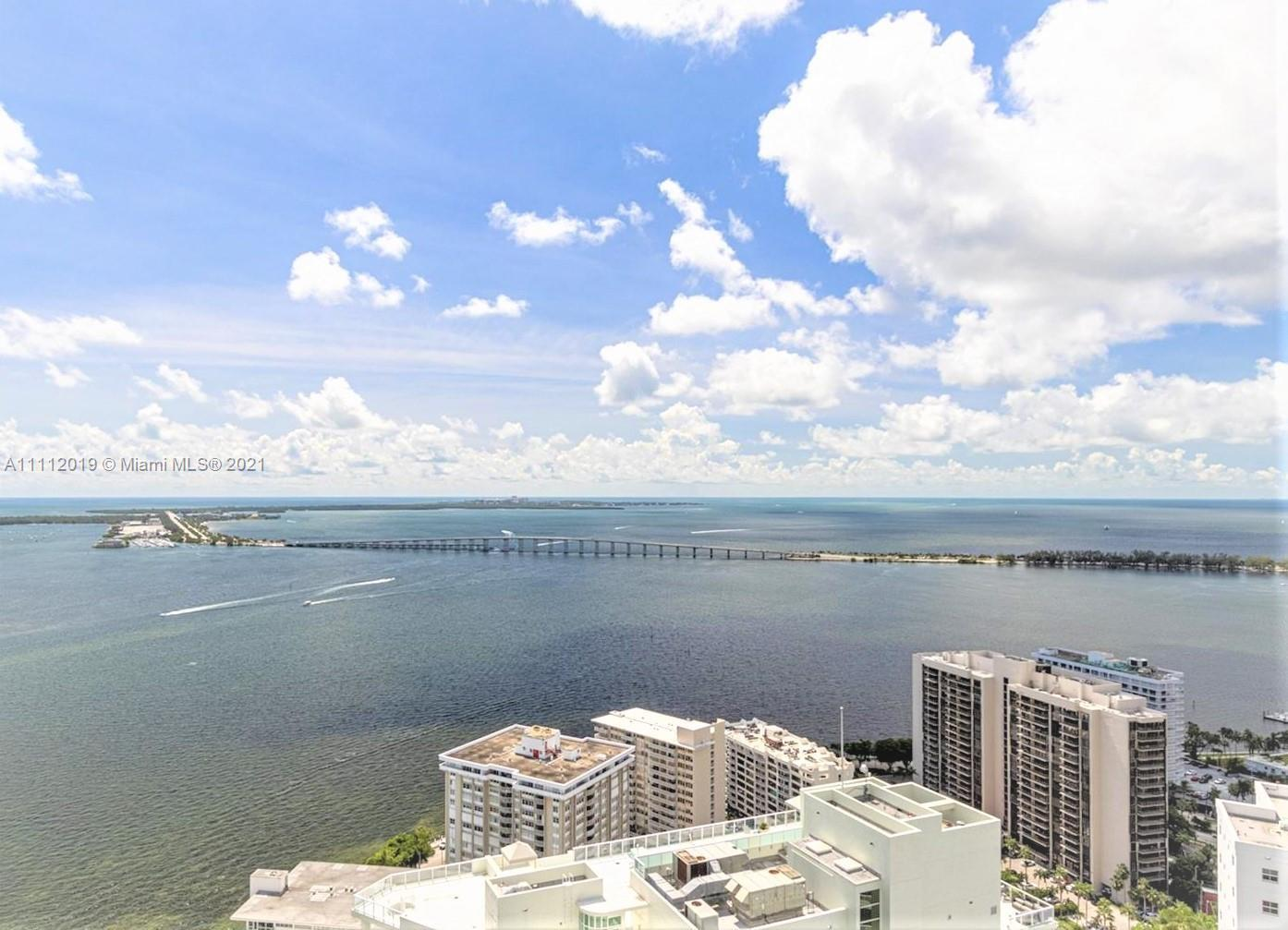 BEAUTIFUL 2 BEDROOM/3 BATH UNIT IN BRICKELL HOUSE ON 39TH FLOOR, TILE THROUGHOUT, HIGH IMPACT WINDOW