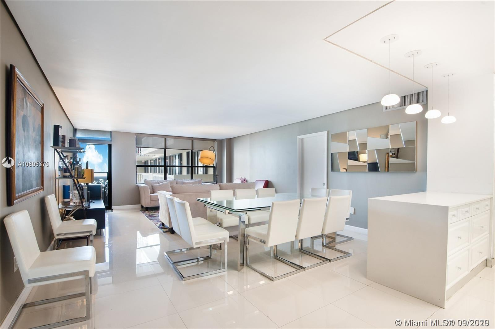 """""""GREAT INVESTMENT"""". Tenants occupied. Beautiful 3 Bed & 2 Bath apartment in the prestigious Balmoral"""