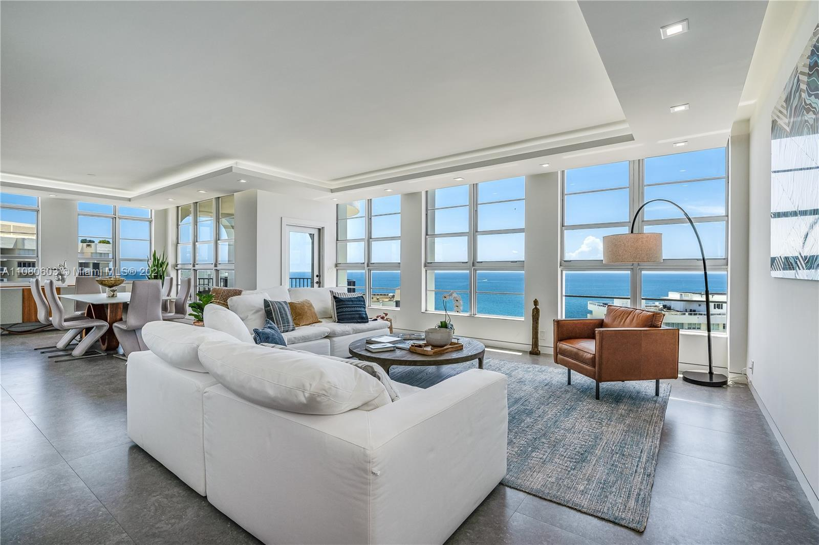 Trendy turnkey, spacious, waterfront Lower Penthouse on desirable Miami Beach. Fully Remodeled,  Exp