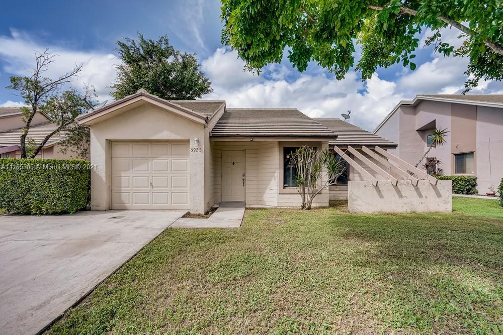 This 3 bedroom, 2 bathroom home and accompanying pool features waterfront views and is waiting for i