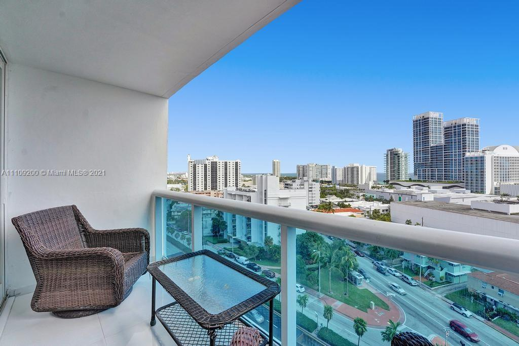 Renovated 2 beds +den or office unit with AMAZING and direct ocean views. Only unit in the building
